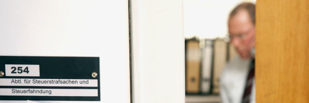 prof dr ulrich baur bis 2010 bsb rechtsanw lte. Black Bedroom Furniture Sets. Home Design Ideas